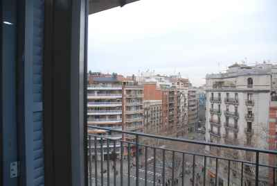 Spacious apartment with city views in the centre of Barcelona
